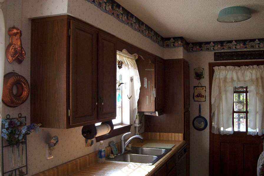 Perfect Formica Kitchen CabiRefacing Before and After 896 x 600 · 151 kB · jpeg